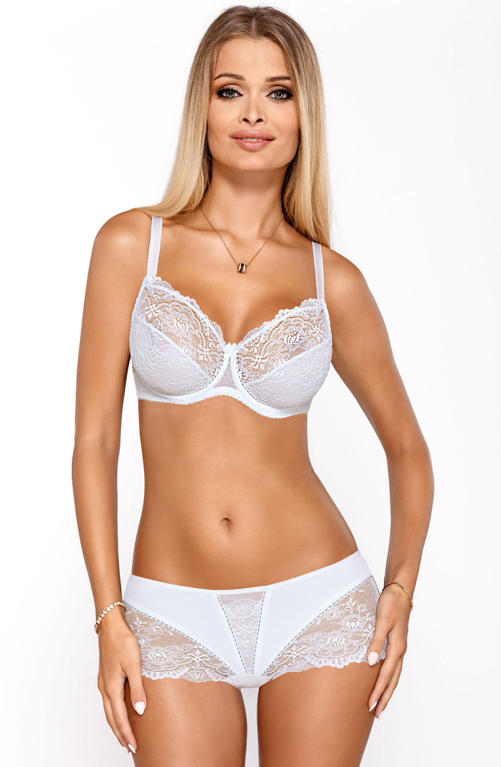 MIA_WHITE_SET_FRONT