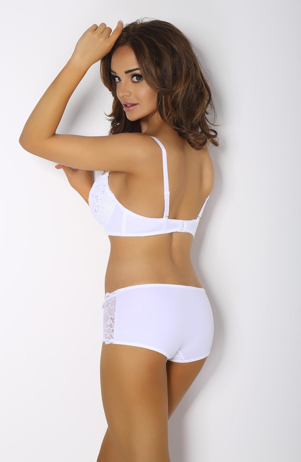 VESTA WHITE BOXERS REAR