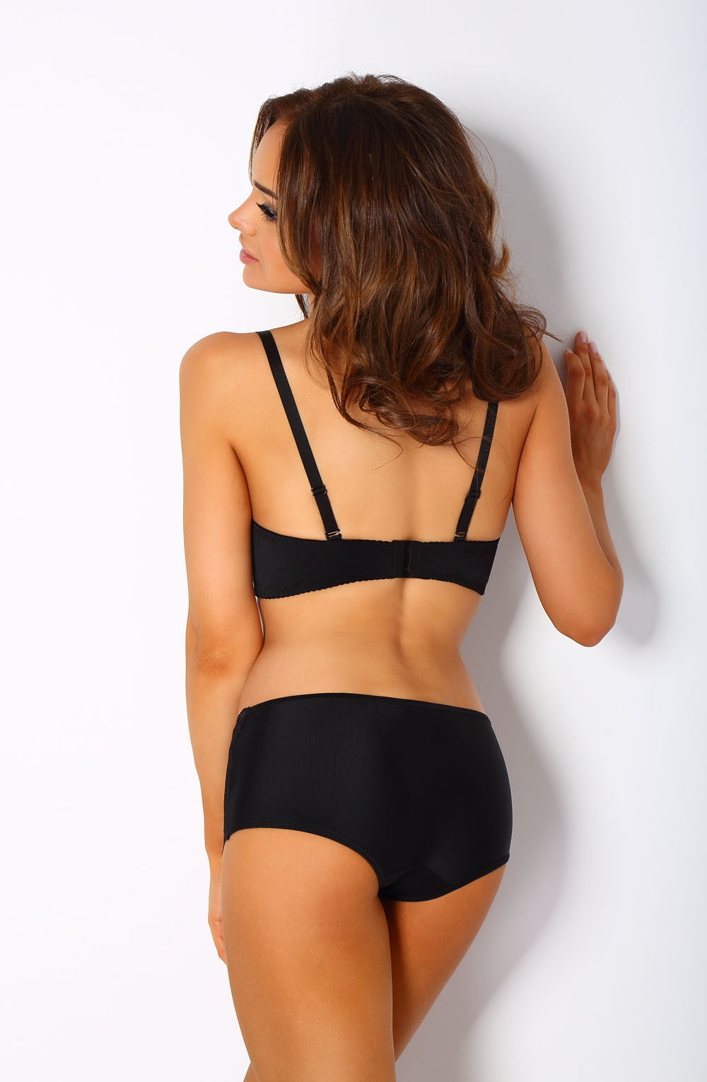 VESTA_BLACK_BOXERS_REAR