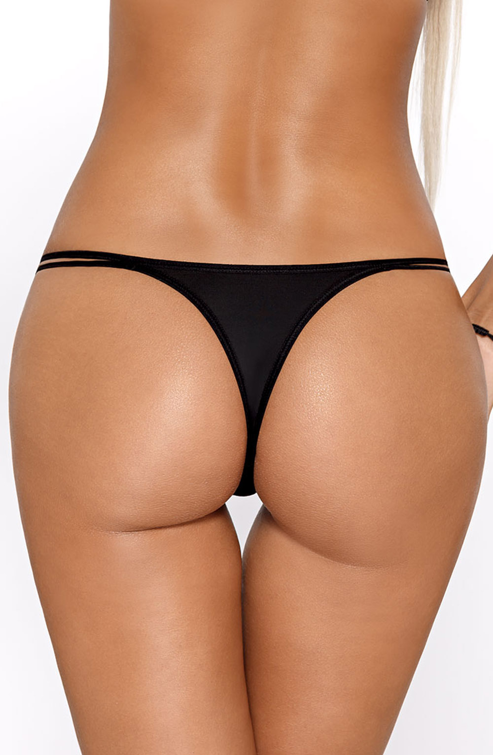 CASSI_BLACK_STRING_CLOSE_REAR